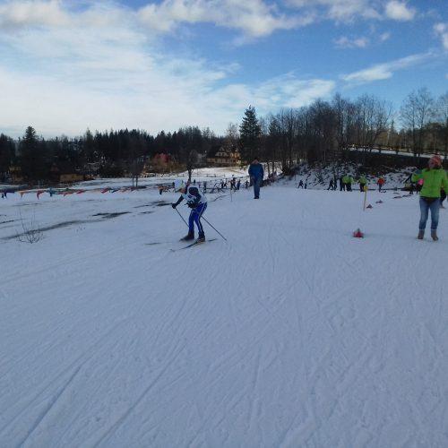 zawody dzieci w biegach narciarskich